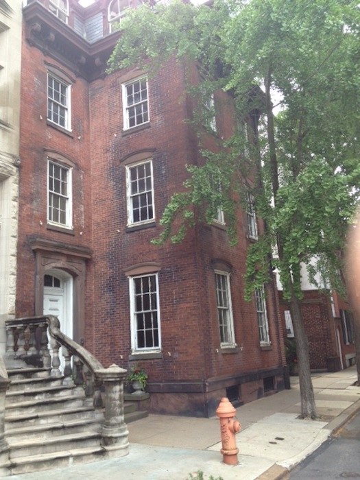 BEFORE PICTURE: Rittenhouse Square Exterior painting in PA